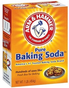 Baking-Soda-to-Remove-Etching-from-Glassware